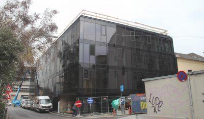 Einfahrt Endspurt Oberlandesgericht Linz Museumsstrasse